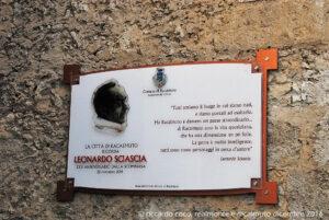 A 25 anni dalla morte, il Circolo Unione di Racalmuto ha voluto così ricordare Leonardo Sciascia, che ha partecipato attivamente alle tante iniziative promosse come socio del Circolo