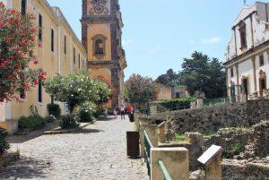 Il campanile della cattedrale di San Bartolomeo sulla Rocca del Castello di Lipari