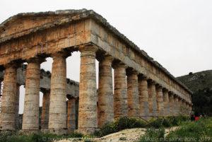 """Nel XVIII secolo il tempio fu oggetto di un primo restauro da parte dell'architetto Chenchi. Fu visitato da Goethe e divenne una delle mete del """"Grand Tour"""" e suscitò l'interesse per l'architettura greca e per lo stile dorico che fu alle radici del neoclassicismo."""