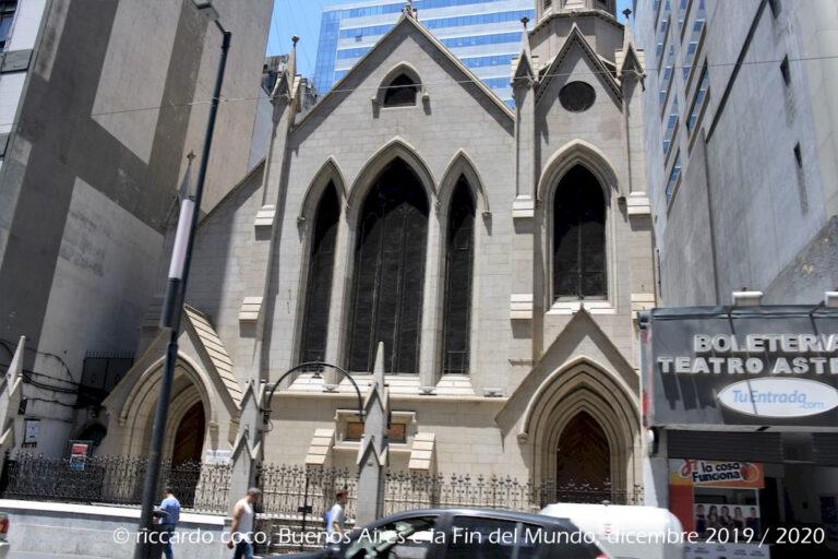 La più antica chiesa metodista del Sud America si trova al n. 718 di Avenida Corrientes nella città di Buenos Aires.