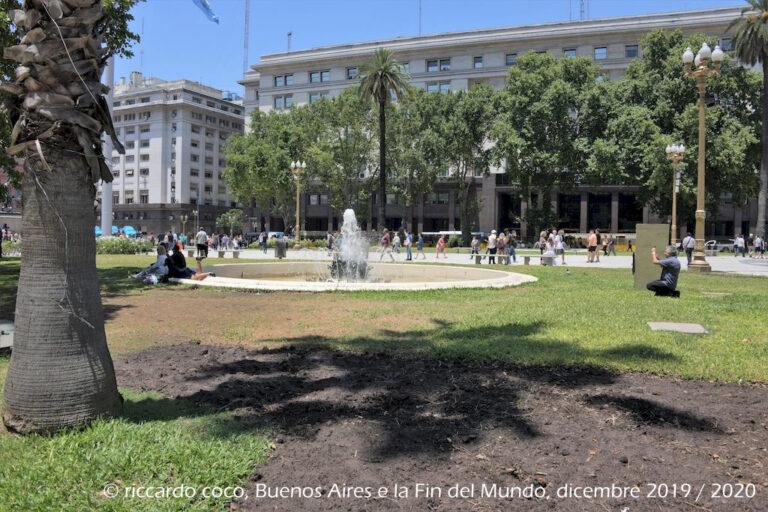 La fontana della Plaza de Mayo di Buenos Aires.