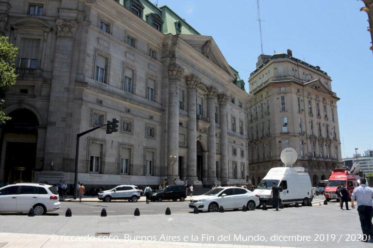 La Banca Nazionale d'Argentina sulla Plaza de Mayo a Buenos Aires.