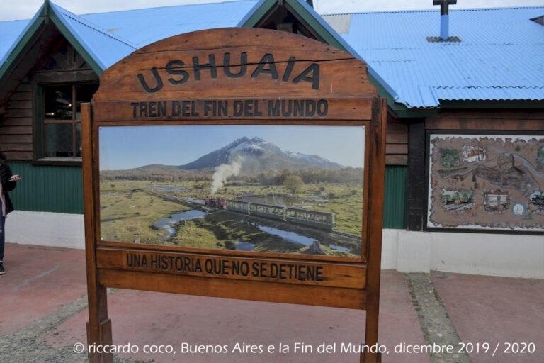 """Il tratto """"turistico"""" che si può percorrere oggi è di soli 7 chilometri rispetto all'originaria linea di 25 chilometri di lunghezza. Il tracciato porta i passeggeri alla stazione della Cascada de la Macarena, il treno poi entra nel parco nazionale raggiungendo la stazione di El Parque."""