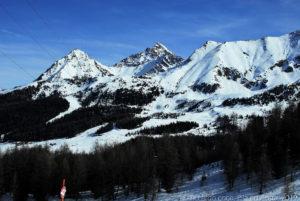 Montagne intere da sciare a Pila, anche se la neve quest'anno si è fatta desiderare !!!