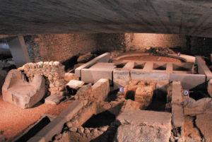 Scavi della basilica funeraria paleocristiana sotto la chiesa sconsacrata di San Lorenzo
