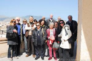 Soci e simpatizzanti del Club di Territorio di Palermo del TCI sui tetti della chiesa di Santa Caterina d'Alessandria.